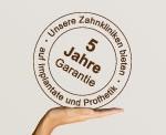 5 Jahre Garantie auf Implantate und Prothetik